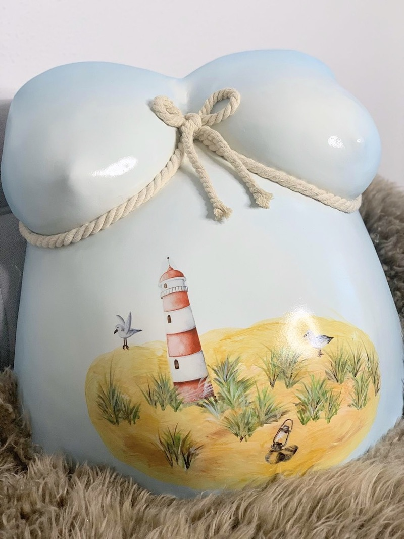 Gipsabdruck Babybauch Leuchtturm maritim