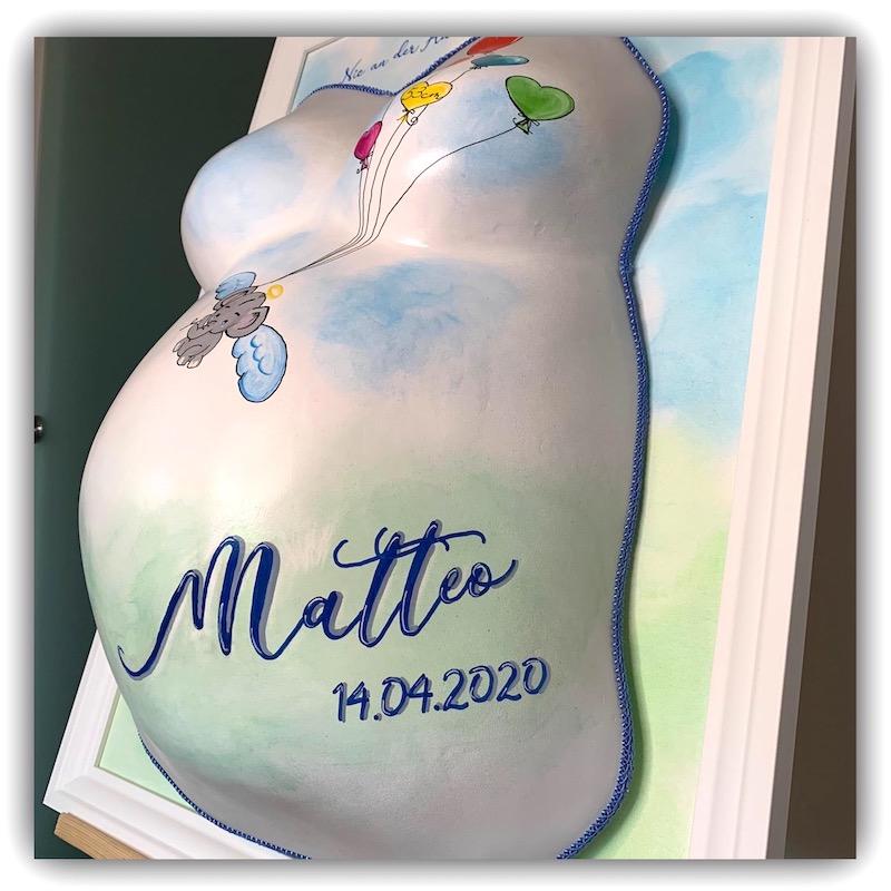 Gipsabdruck vom Babybauch Sternenkind Matteo aus Erding
